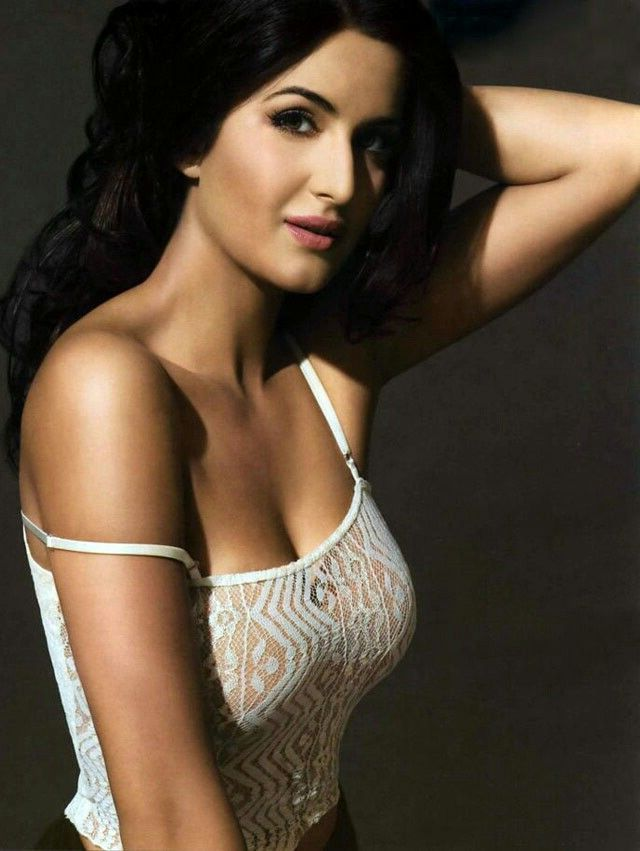 Katrina Kaif Sexy Photos 003