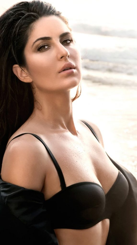 Katrina Kaif Sexy Photos 013