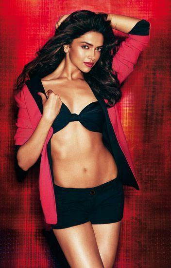 Deepika Padukone Sexy Pics 003