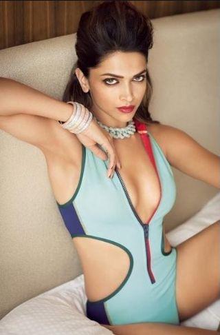 Deepika Padukone Sexy Pics 027