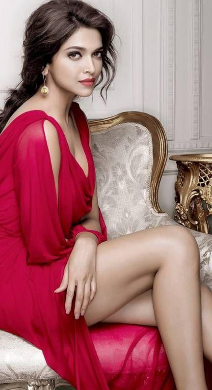 Deepika Padukone Sexy Pics 028
