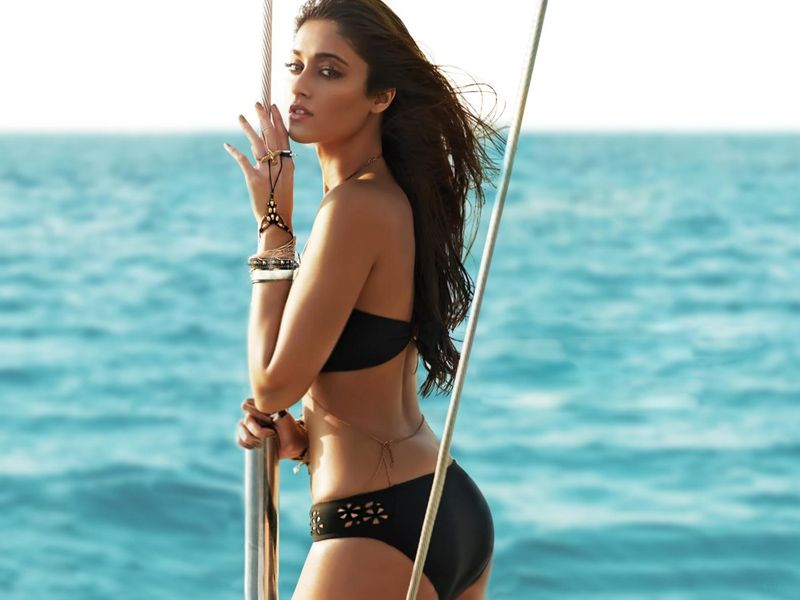 25 Hottest Ileana D'Cruz Photos To Blow Your Load