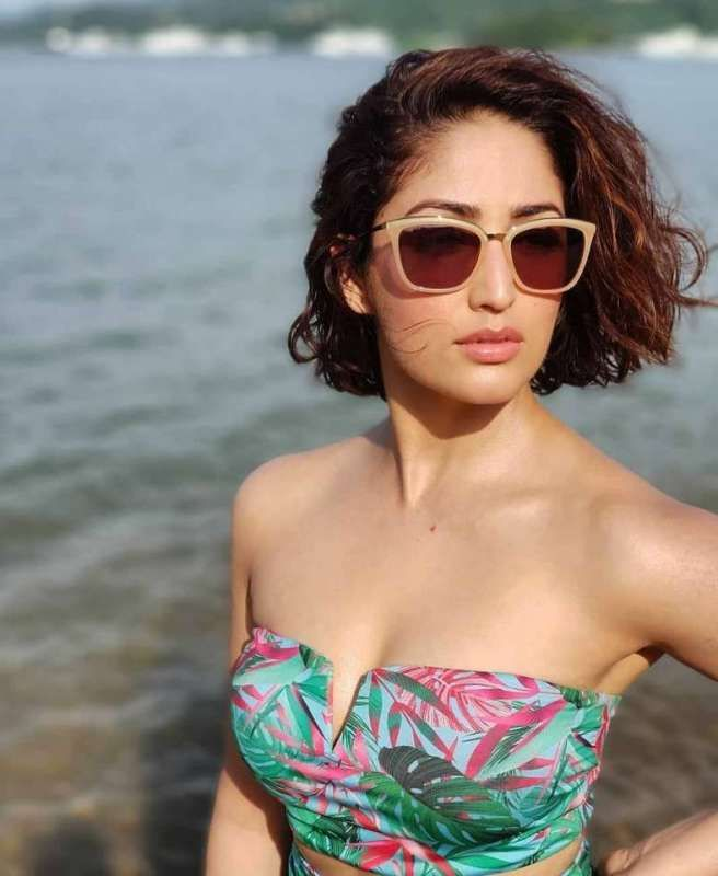 Yami Gautam Hot Photos 004