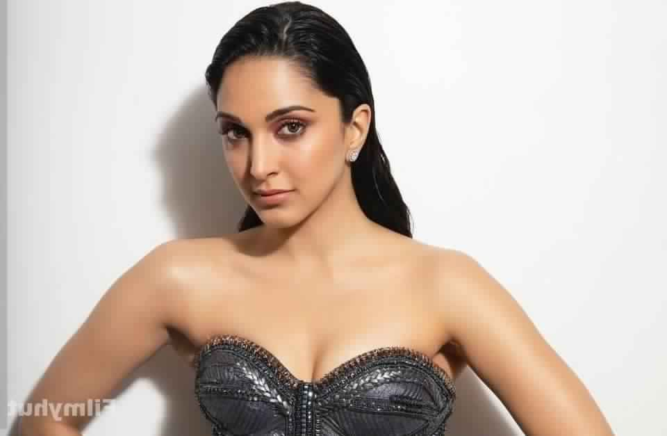 Kiara Advani Hot Pics 019