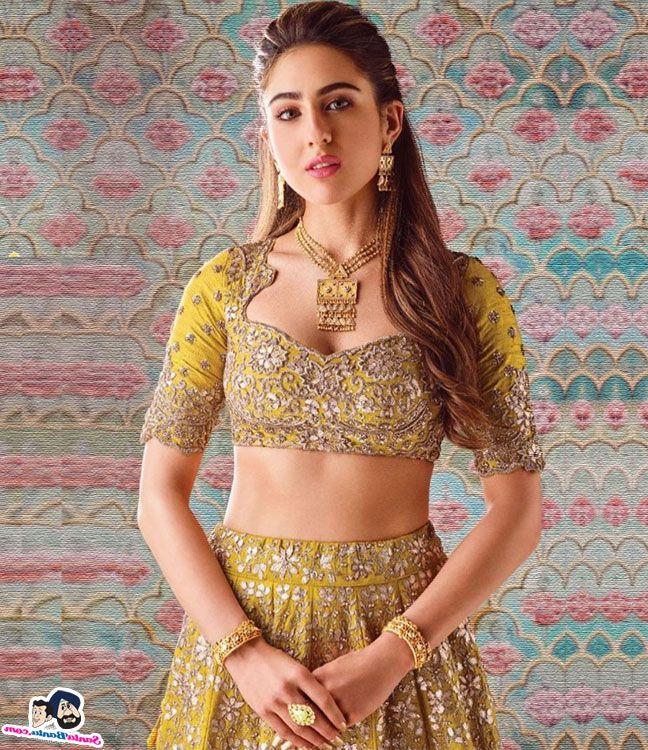 Sara Ali Khan Hot 015