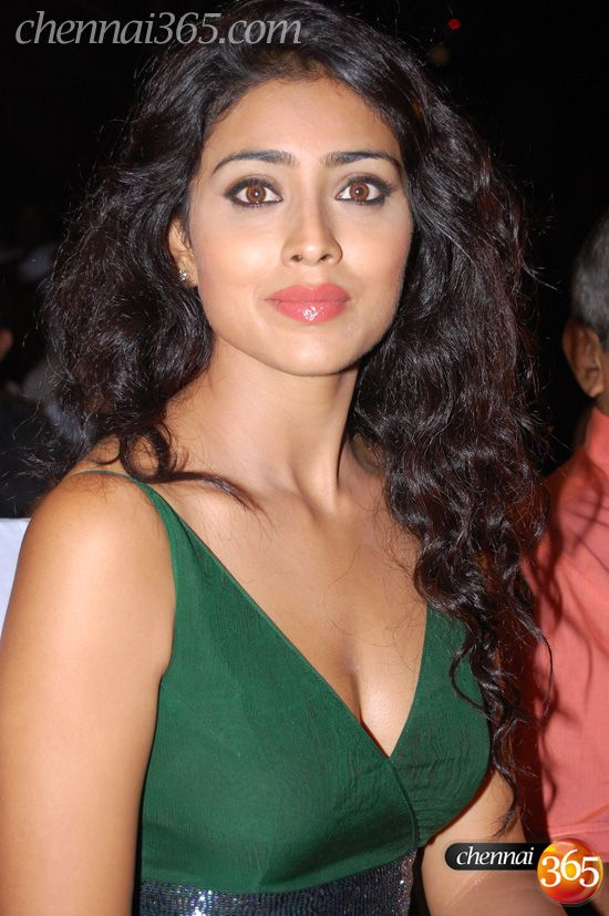 Shriya Saran Hot 020