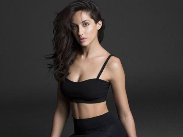 Nora Fatehi Hot Sexy 003