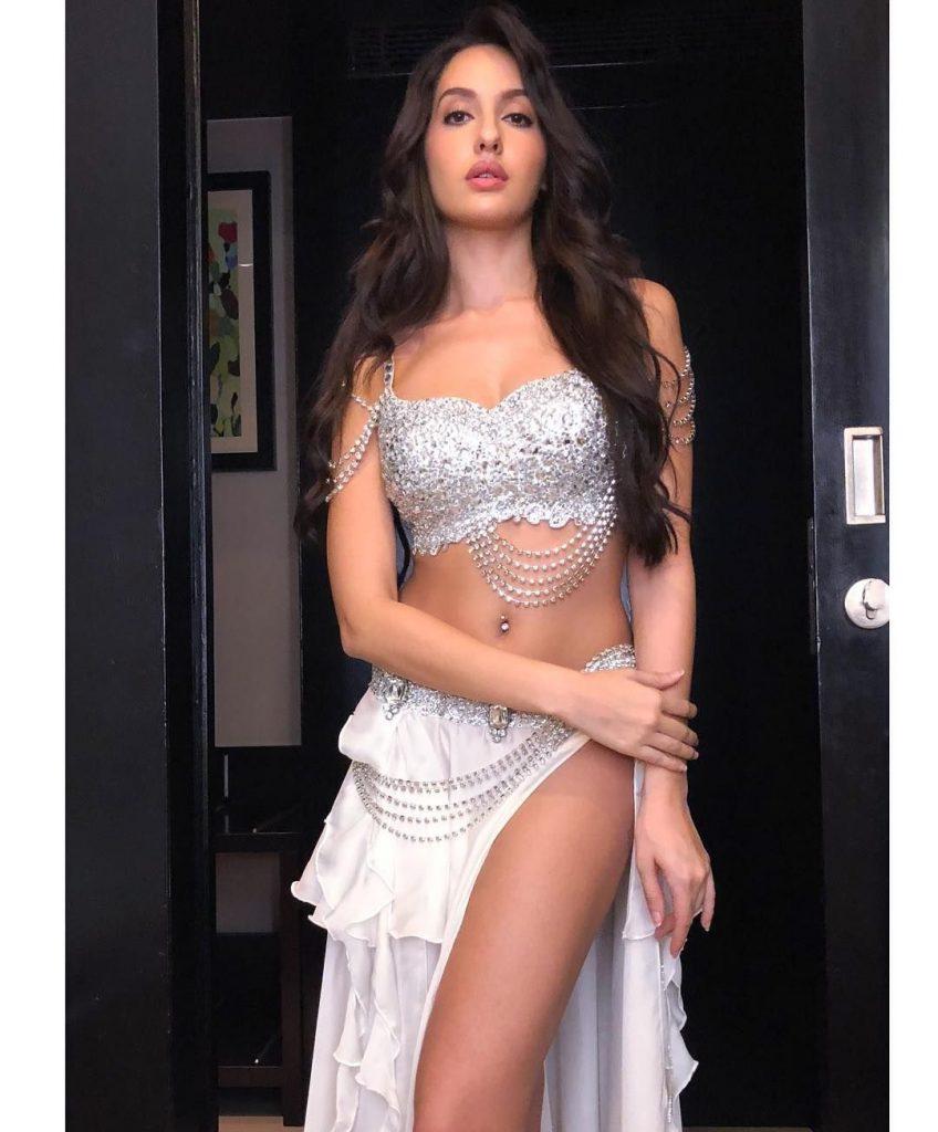 Nora Fatehi Hot Sexy 005