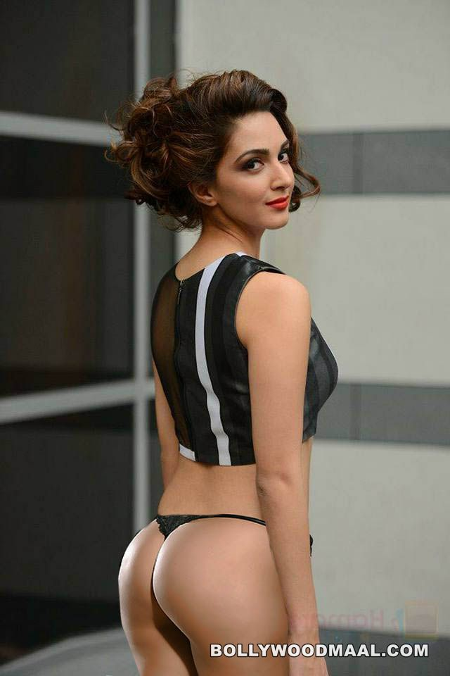 Kiara Advani Nude XXX Photos 016