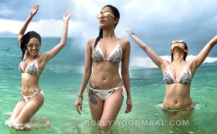 Nushrat Bharucha Hot Sexy 023