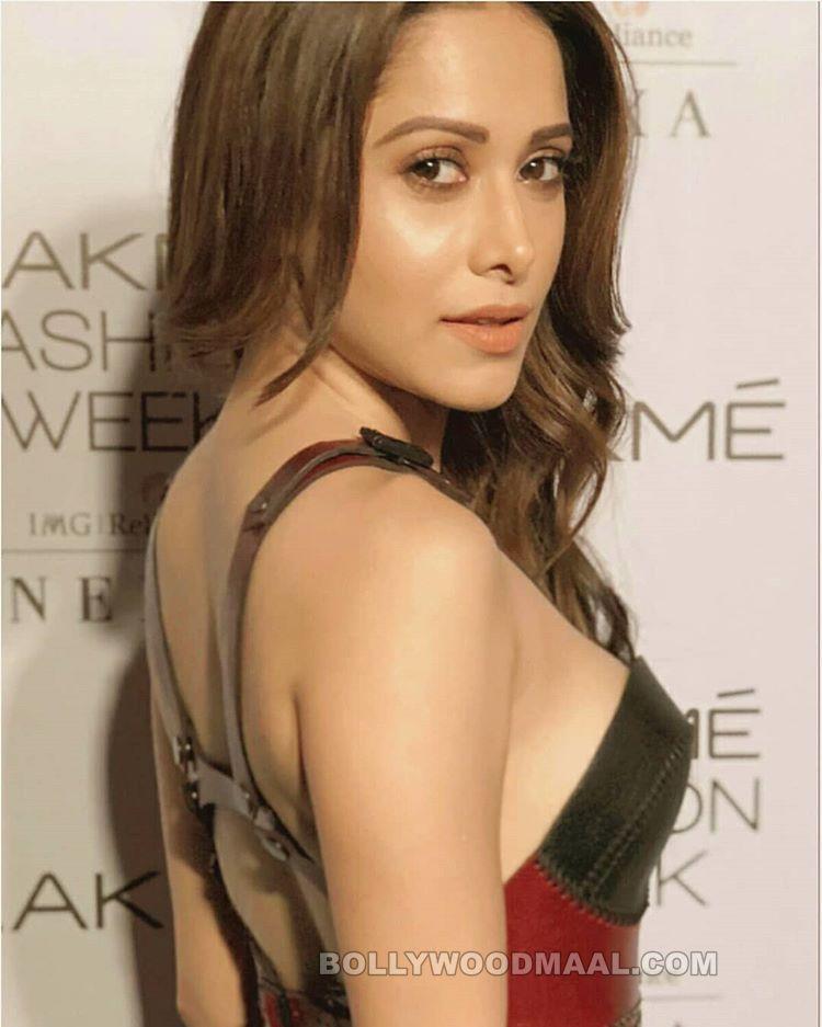 Nushrat Bharucha Hot Sexy 027