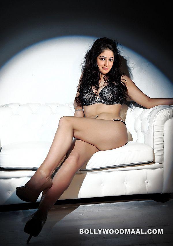 Yami Gautam Nude Xxx Photos 011