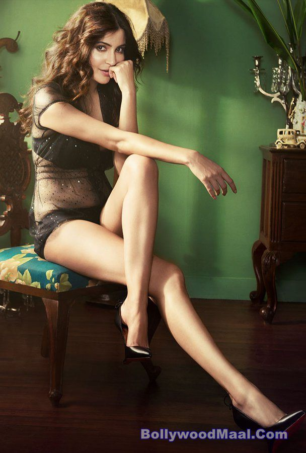 Anushka Sharma Hot And Sexy Photos 001