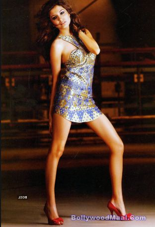 Anushka Sharma Hot And Sexy Photos 017