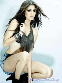 Anushka Sharma Hot And Sexy Photos 018