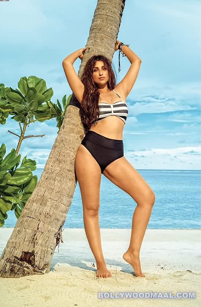 Parineeti Chopra Hot & Sexy Photos 016